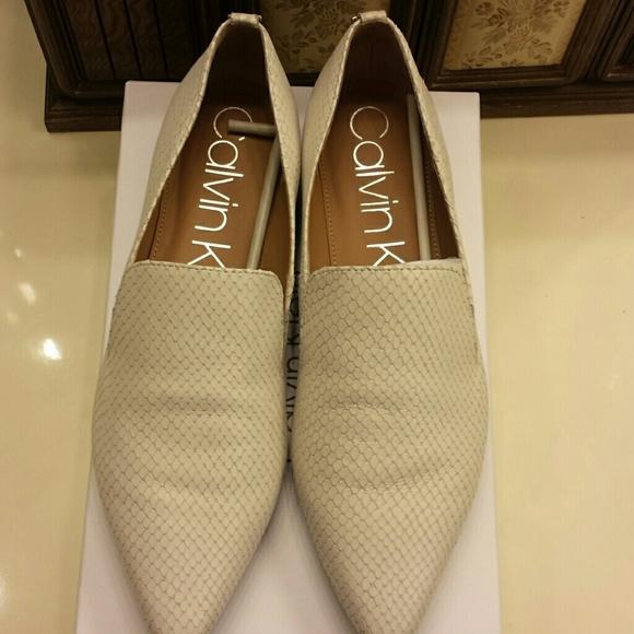 bdce60d6090 NWT Calvin Klein women s shoes